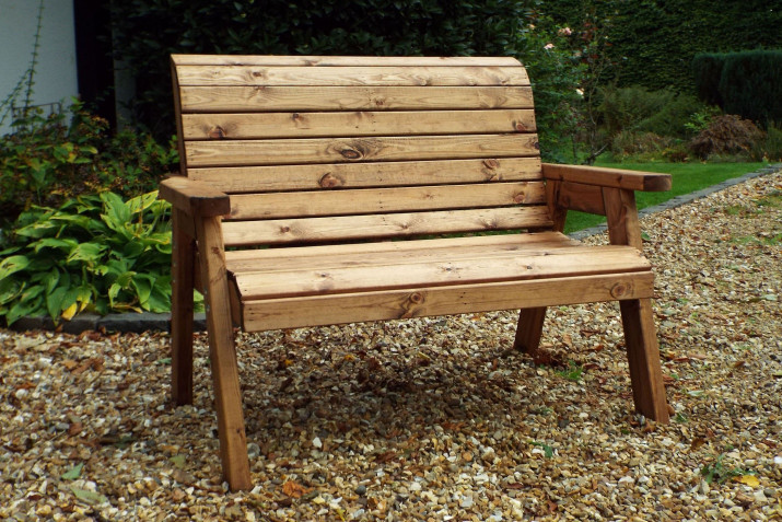 Best Way To Treat Wooden Garden Furniture | Oiling & Cleaning